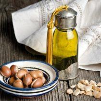 Az argán olaj használata: arcra, szemkörnyékre, striákra – 10 tipp