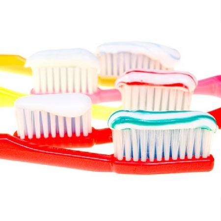 Veszélyes és allergén színezékek fogkrémekben